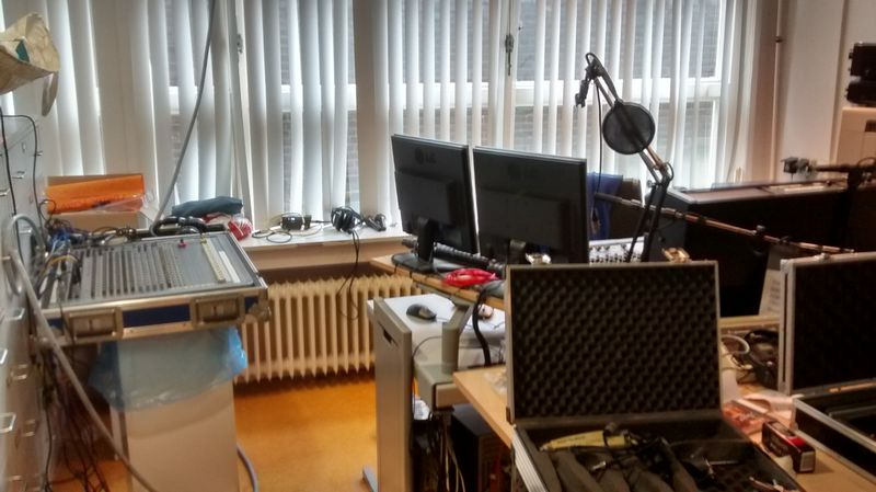 ZRH   Florence Swingt 2015   26   Studio   Soundcraft in opbouw